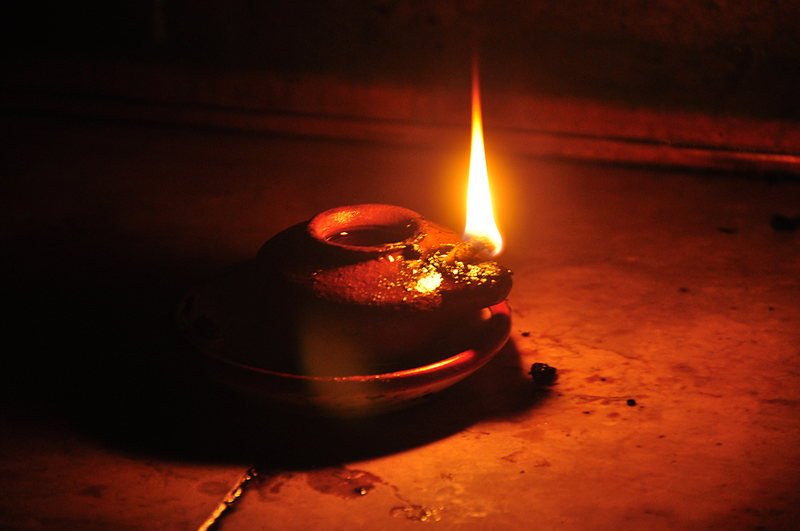 oil lamp photo